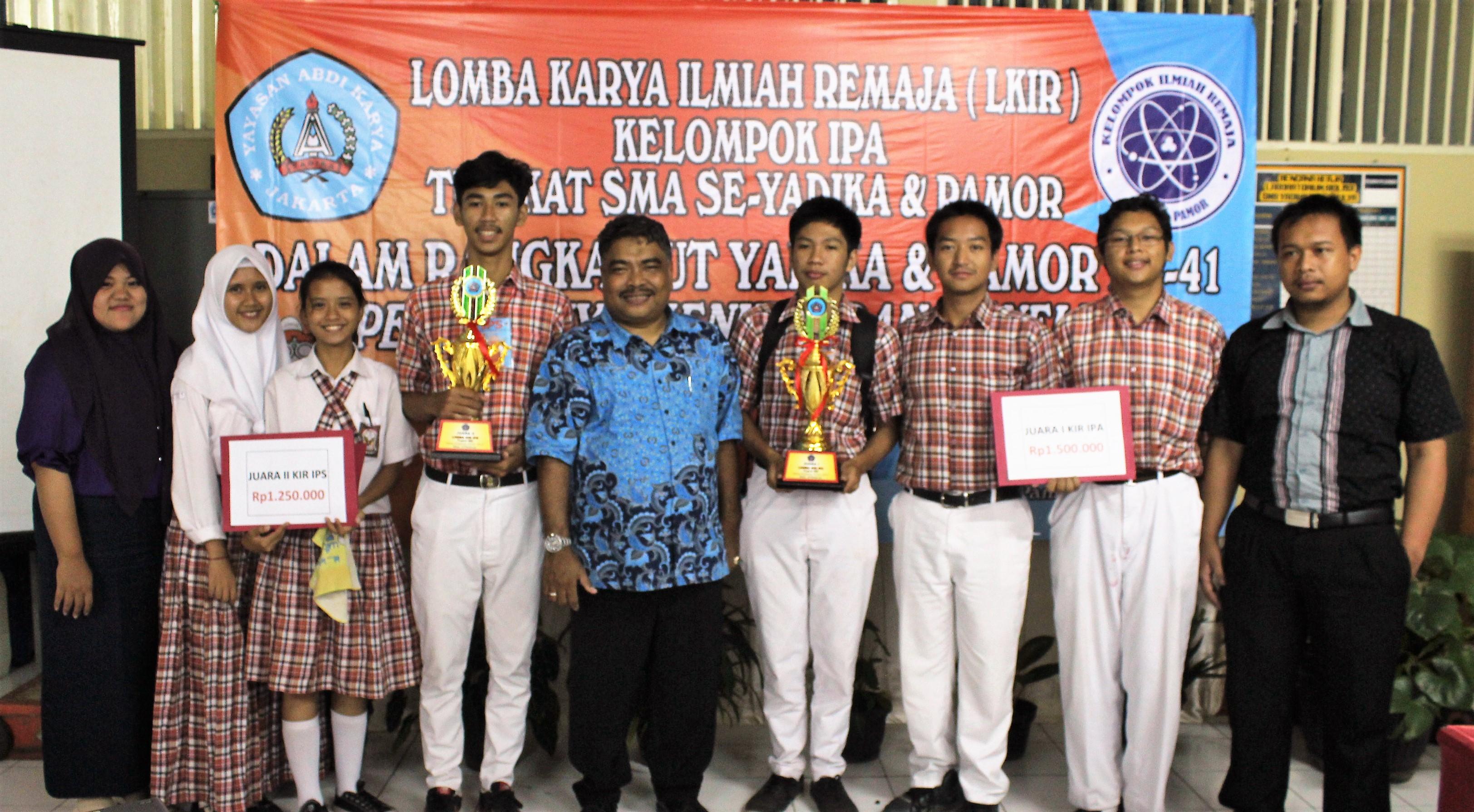 LOMBA KIR (KELOMPOK ILMIAH REMAJA) SMA YADIKA 6  DI SMA YADIKA 8 JATIMULYA TAHUN PELAJARAN 2016/2017
