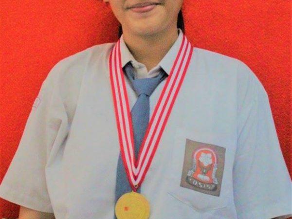 JUARA SPEECH CONTEST COMPETITION SMA YADIKA 6 DI SEKOLAH PEMBANGUNAN JAYA TAHUN PELAJARAN 2016/2017